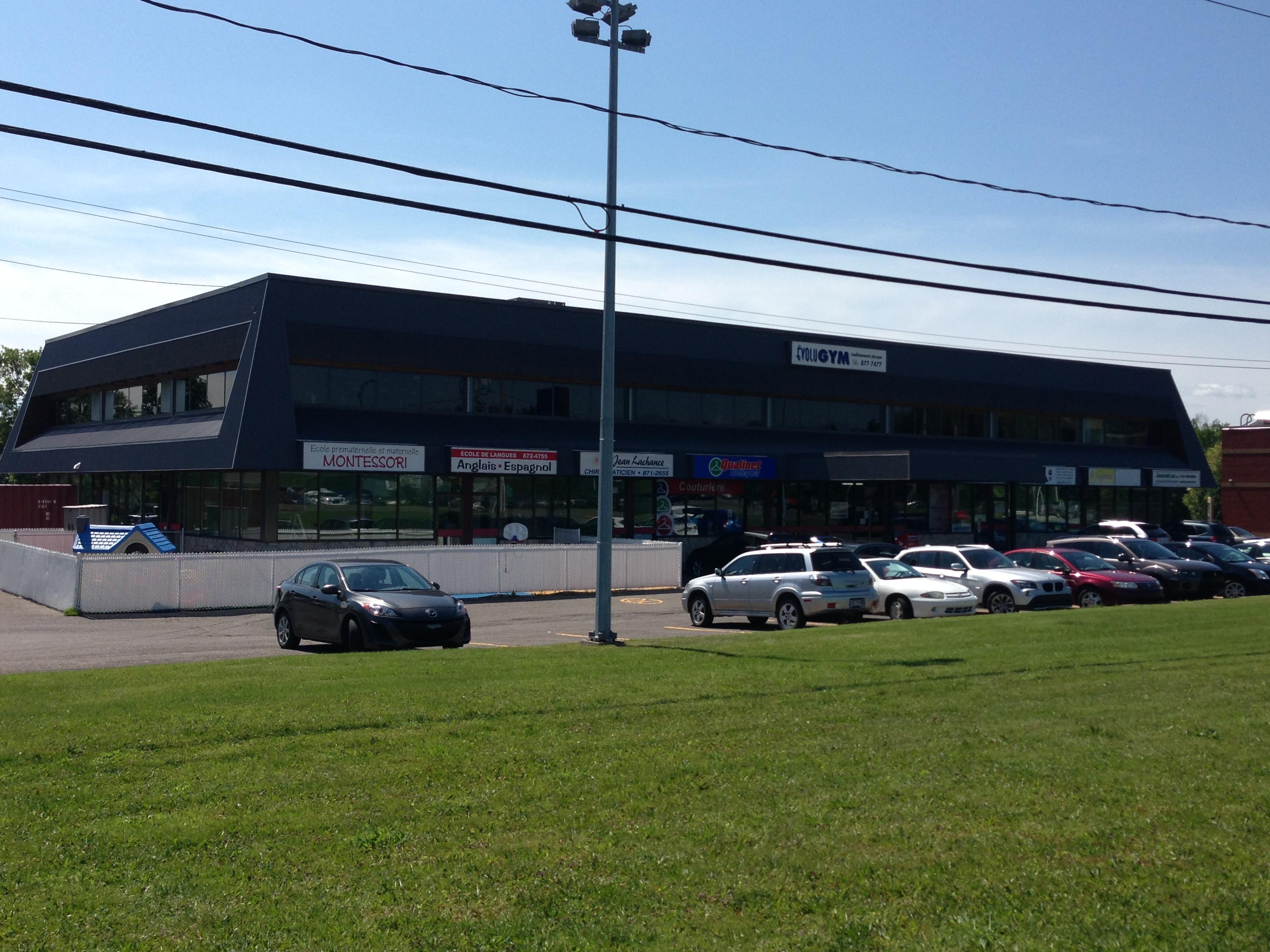 5121, boul. Chauveau O., Québec G2E 5A6