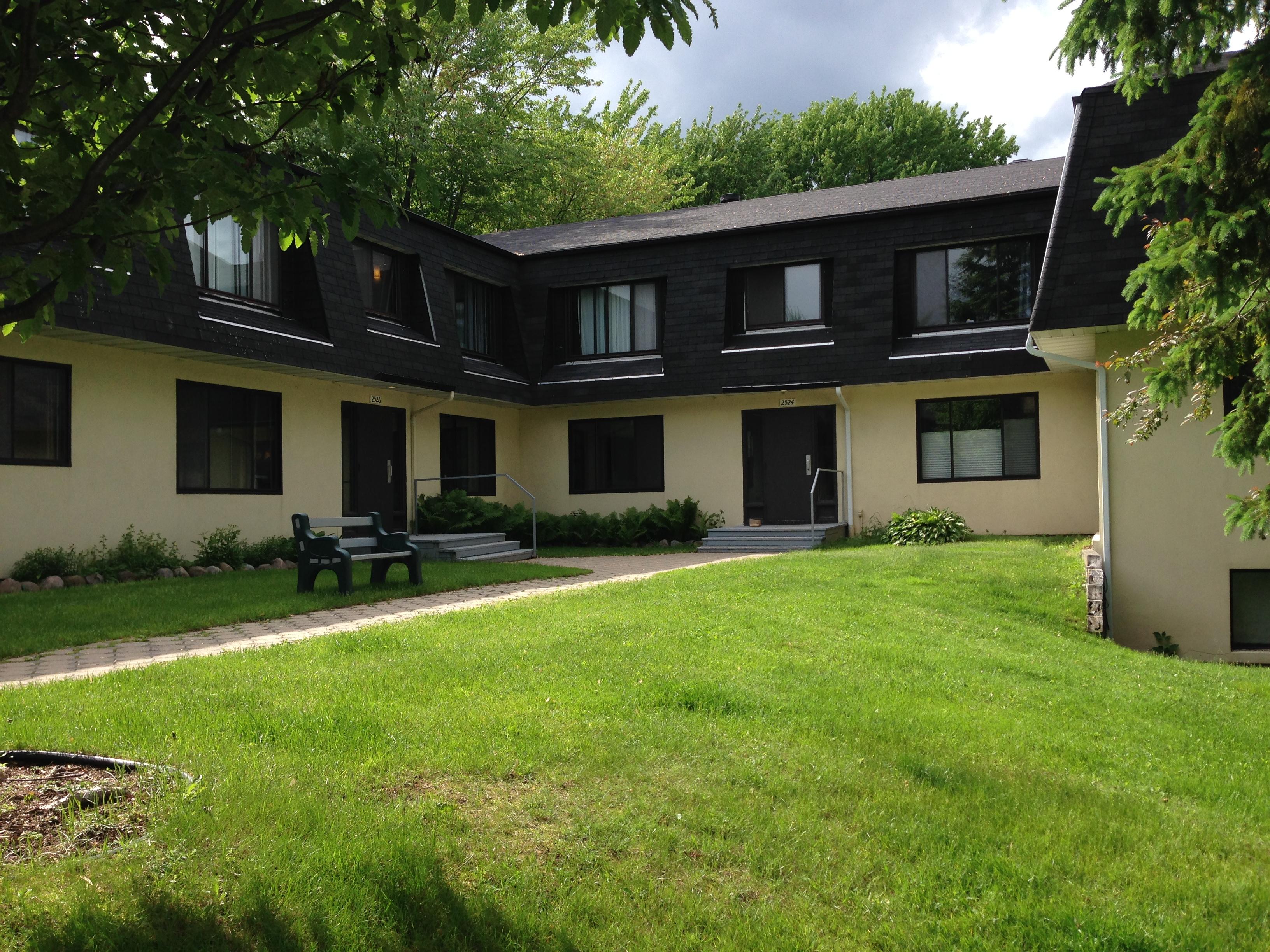 2532, Av. de Monceaux #21, Québec G1T 2N7