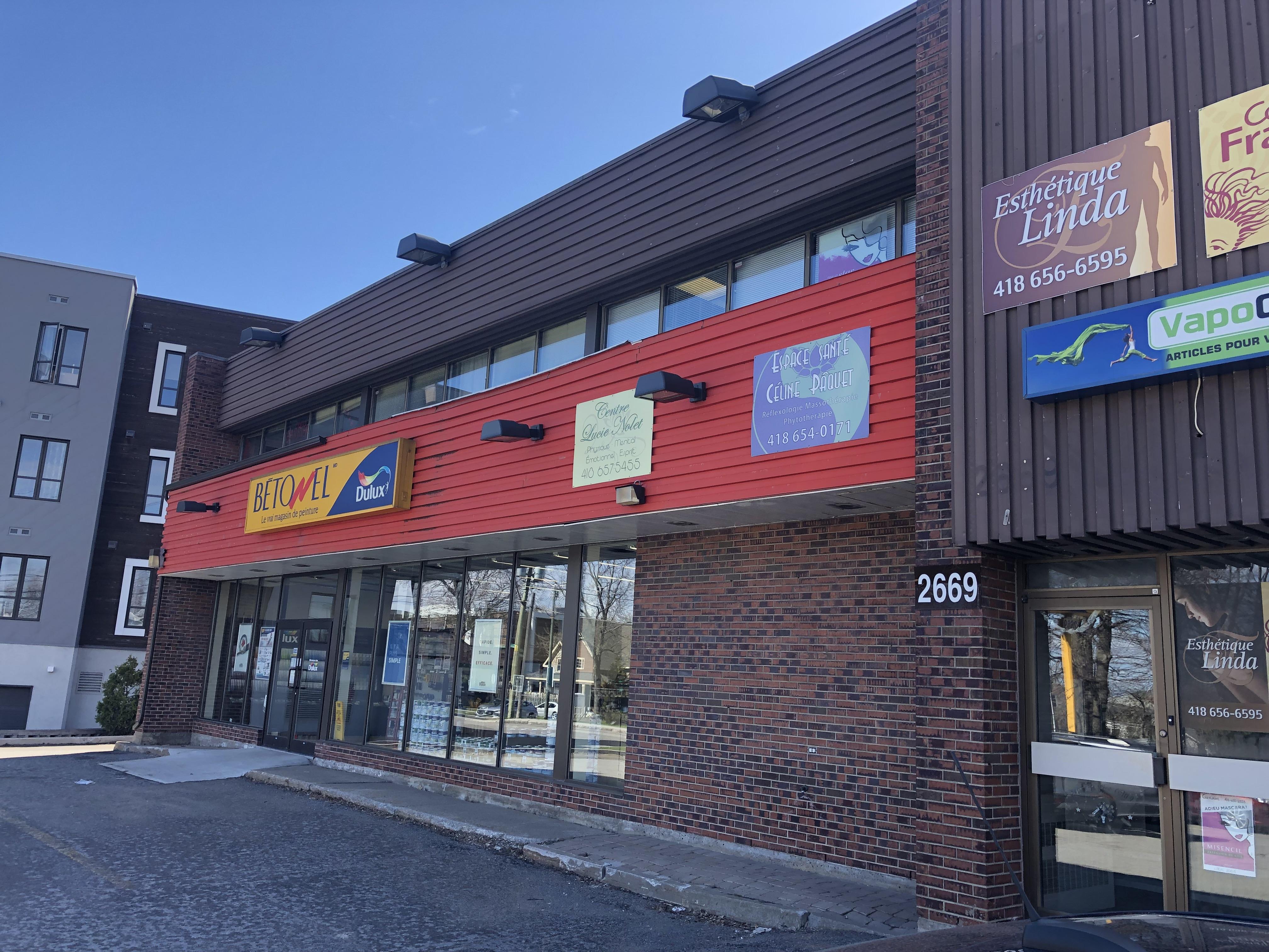 2669, Chemin Ste-Foy, Québec G1V 1V3